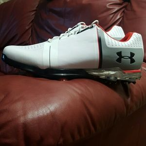 NWOT UNDER ARMOUR SPEITH GOLF SHOES